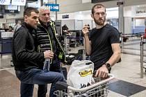 Čeští biatlonisté odletěli 25. ledna z Prahy na soustředění do Turecka před zimní olympiádou v Jižní Koreji. Michal Krčmář, Michal Šlesingr