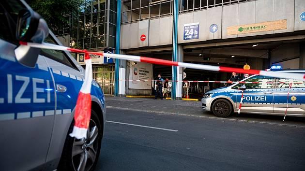 Přepadení banky v obchodním domě Karstadt v Berlíně