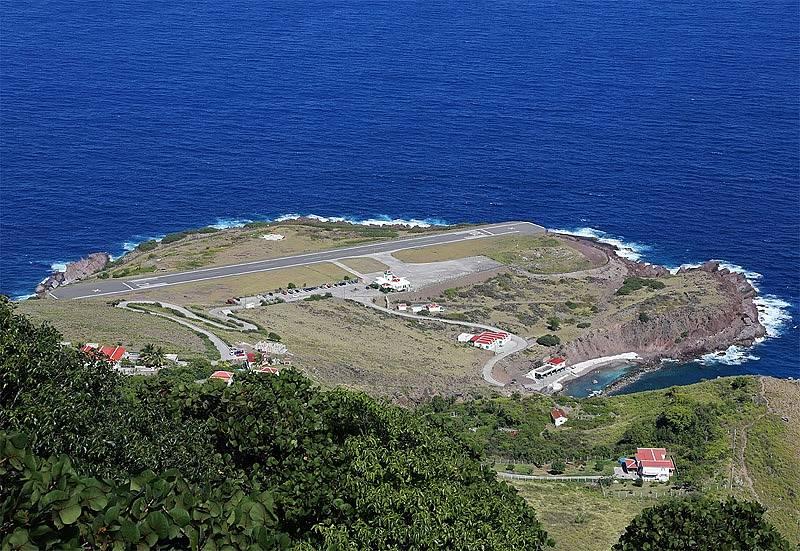 Letiště na ostrově Saba se pyšní nejkratší dráhou na světě.