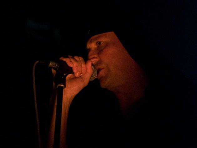 Ve čtvrtek 5. dubna se v pražském paláci Akropolis představila slovinská skupina Laibach.