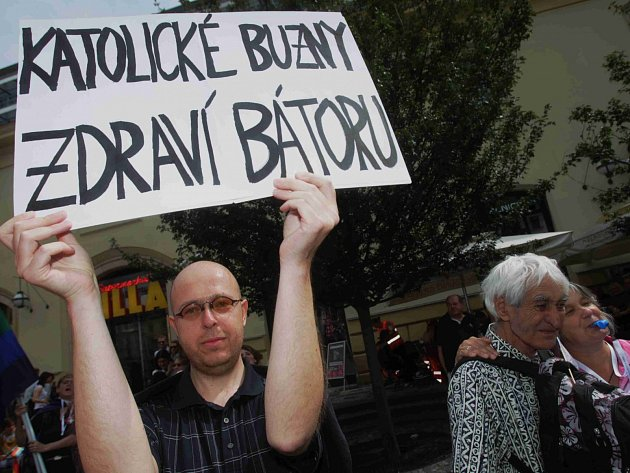 Martin Putna (vlevo) na Prague Pride 2011