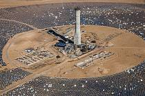 Výstavba solární elektrárny. Asalim