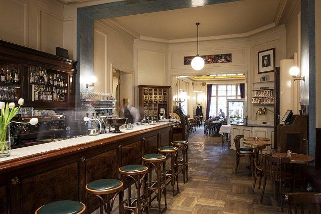 Café Einstein Stammhaus vBerlíně