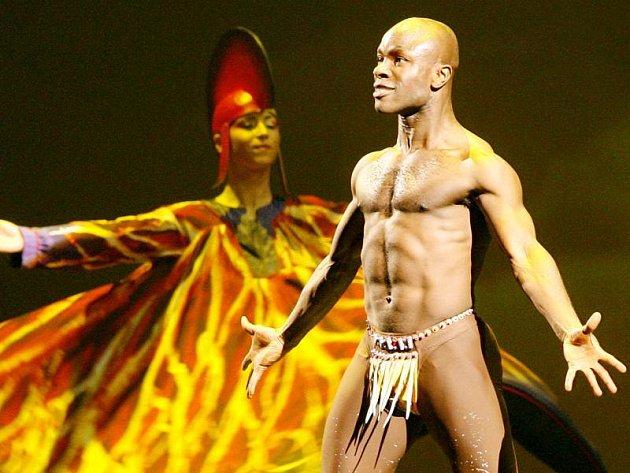 Vystoupení kanadského souboru Cirque du Soleil v pražské Sazka Areně.