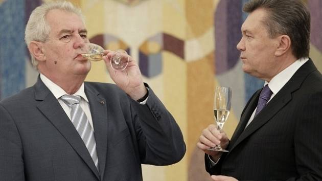 Miloš Zeman a Viktor Janukovyč.