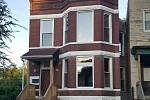 Chicagský dům na St. Lawrence Avenue, kde Emmett Till bydlel se svou matkou, než odjel za strýcem