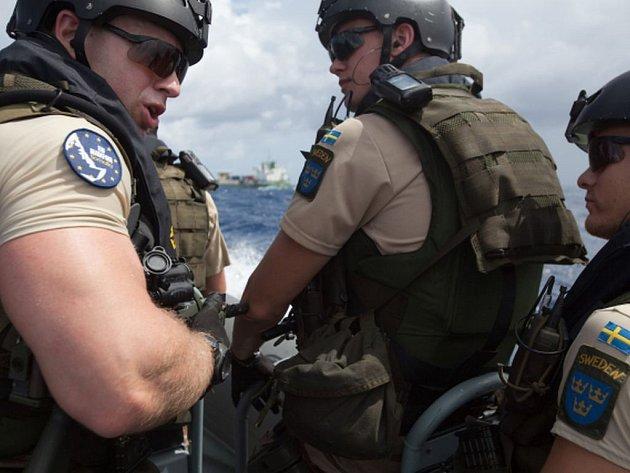 Ve Středozemním moři začala tento týden námořní operace Evropské unie proti pašerákům.
