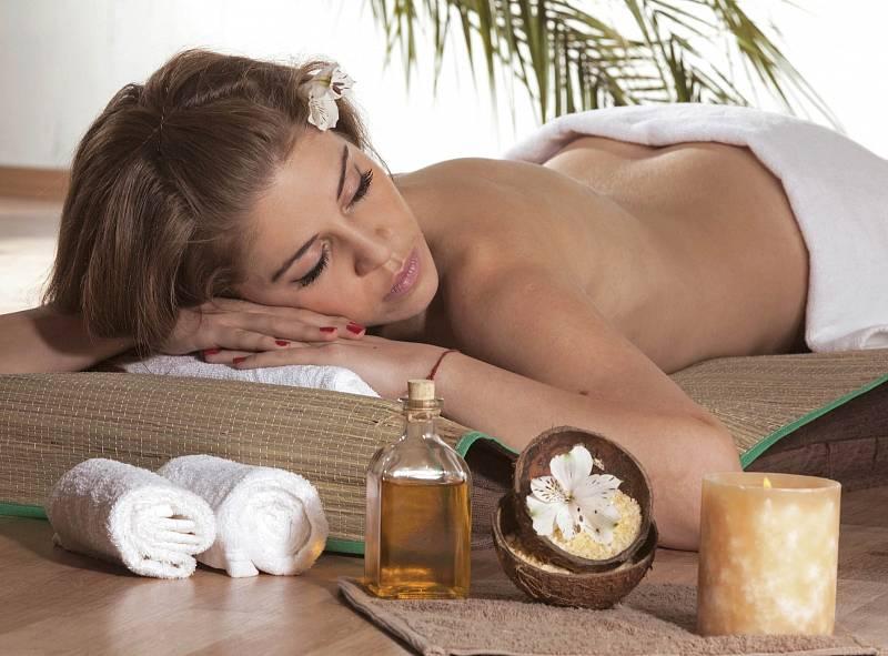 Bylinky rozhodně využijete i při léčivých či relaxačních koupelích, na přípravu mastí či obkladů.