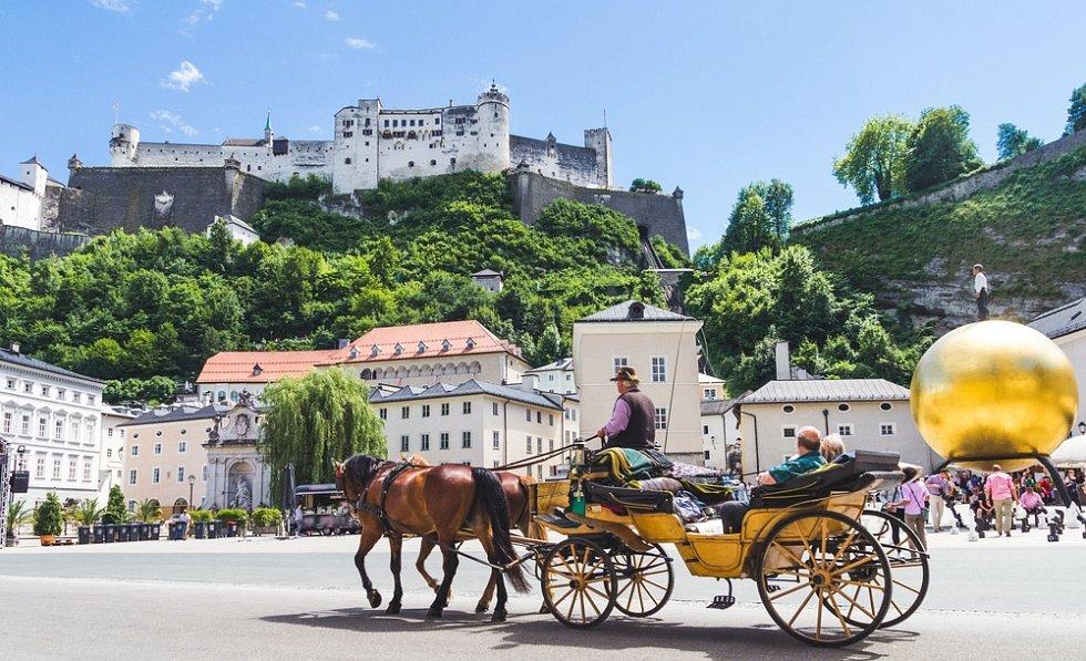 Výhled na historické město Salzburg