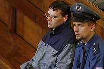Jan Zelený, člen Berdychova gangu, spáchal ve vězení sebevraždu.