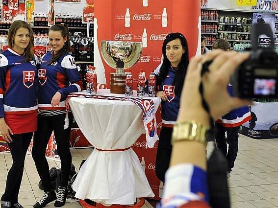 Slovensko žije hokejovým šampionátem.
