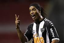 Brazilský fotbalista Ronaldinho v dresu Atletika Mineiro