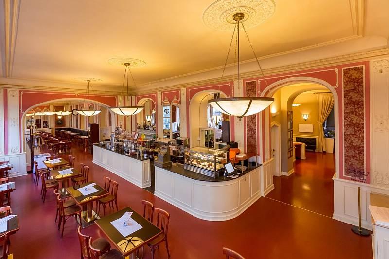 Café Louvre v Praze