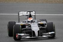 Za Sauber by mohla v příští sezoně jezdit žena.
