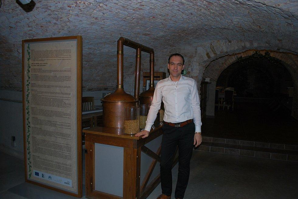 Aleš Hauzar, ředitel hotelu Sladovna vČerné Hoře u Moravského krasu