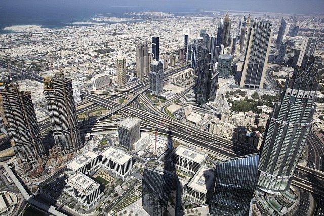 Snobská a megalomanská, zároveň však nesporně fascinující - to je Dubaj