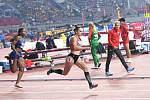 Lada Vondrová postoupila do semifinále běhu na 400 metrů.
