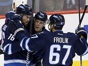 Hokejový útočník Michael Frolík se v úterním utkání NHL podílel gólem a přihrávkou na výhře Winnipegu 3:1 nad New Jersey. Ilustrační foto.