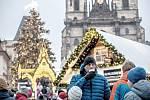 Vánoční trhy na Staroměstském náměstí v Praze.