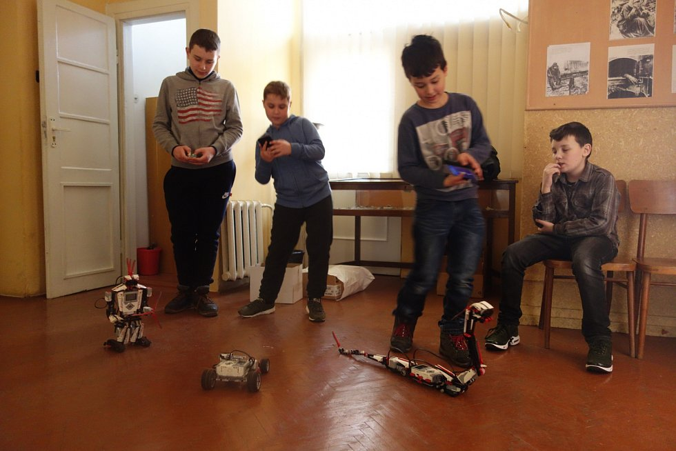 Kroužek robotiky