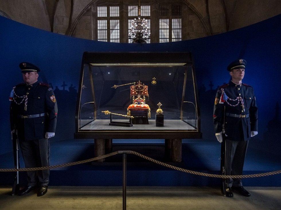 Výstava českých korunovačních klenotů