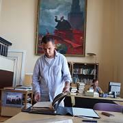 Adam a Lenin v archivu