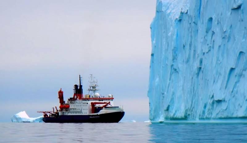 Antarktidu máme zažitou jako studený kontinent plný věčného ledu a sněhu