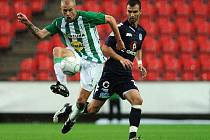 Lukáš Hartig (v zeleném) přisoudil Bohemians první letošní body.