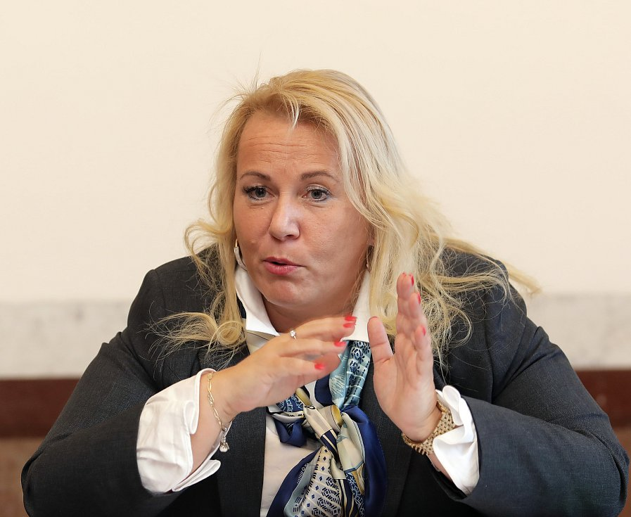 Ministryně pro místní rozvoj ČR Klára Dostálová.