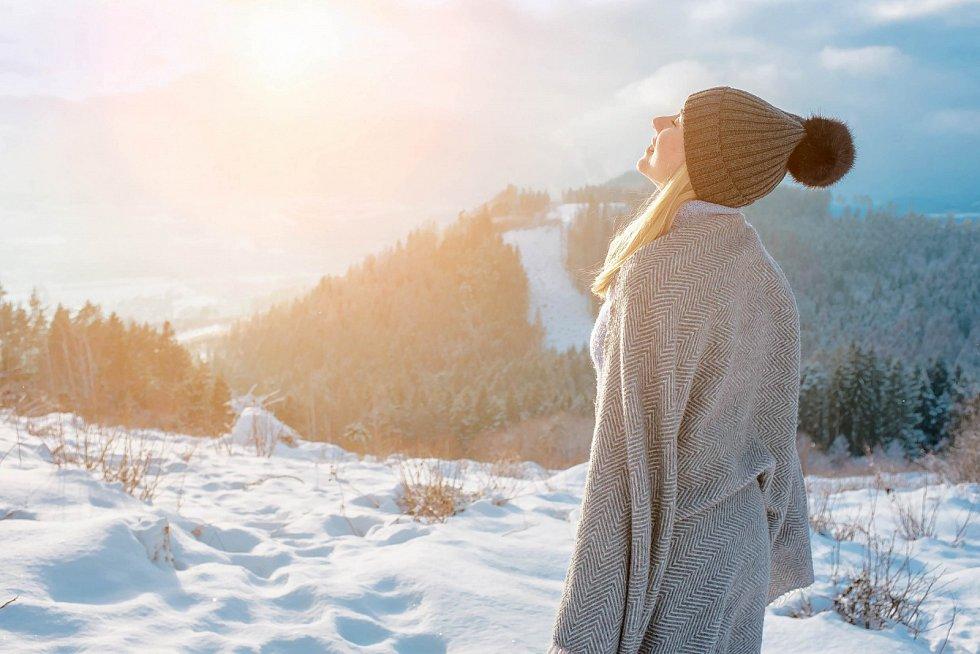 Nemusíme meditovat jen vsedě, klidně ktomu můžeme využít iprocházku.