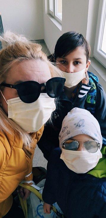 Erika Parkanová s rodinou