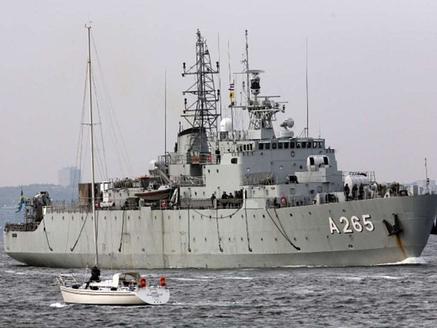 """Švédsko zesílilo vojenskou přítomnost ve Stockholmském souostroví kvůli """"cizí aktivitě pod vodou""""."""