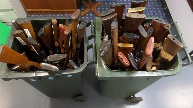 Zbraně zabavené při amnestii.