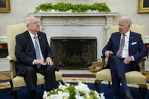 Biden řekl, že nedovolí Íránu získat jadernou zbraň