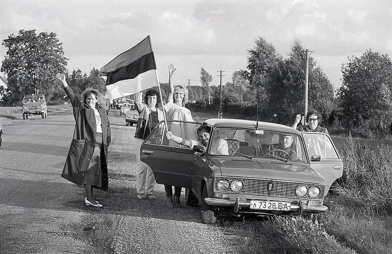 Lidé se vydali na cestu také v Estonsku