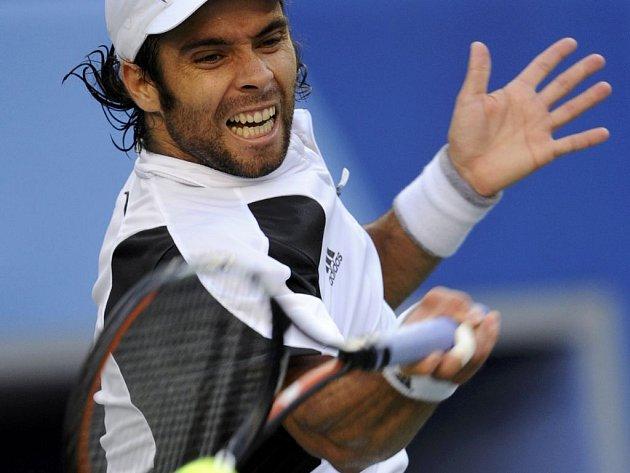 Chilan Fernando Gonzales je prvním finalistou olympijského tenisového turnaje.