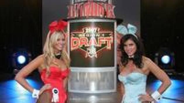 Profesionální hráčky a zajíčci z Playboye