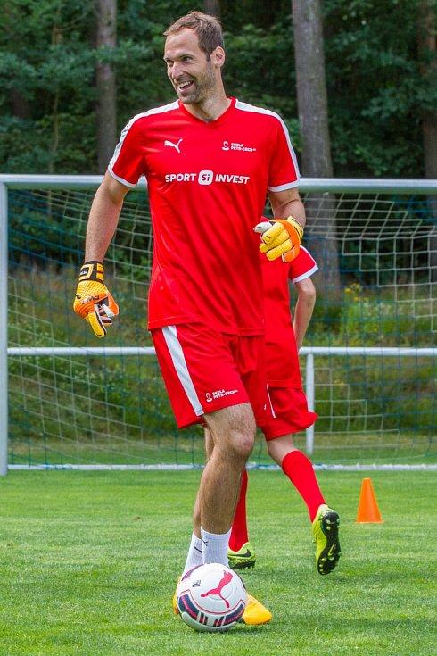 Králem na sociálních sítích mezi českými sportovci je Petr Čech.