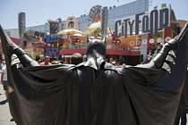 Na premiéře nového Batmana zemřelo údajně při střelbě 14 lidí.