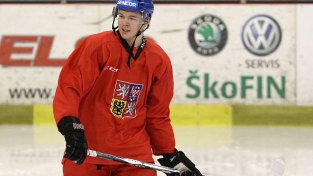 Tomáš Hertl na tréninku hokejové reprezentace.