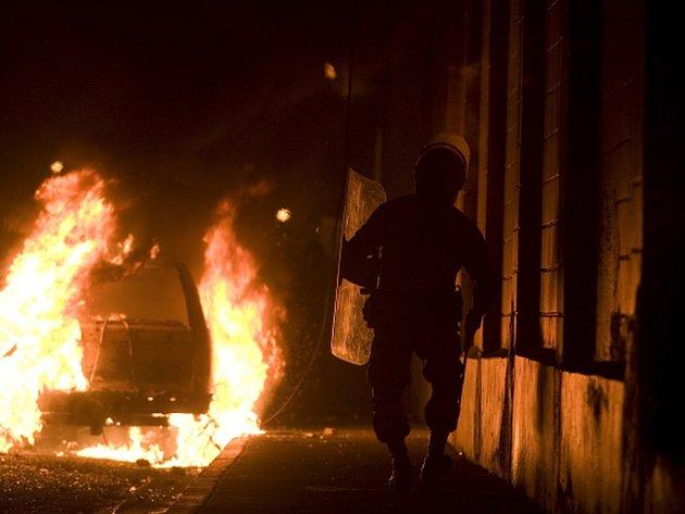 Kolem padesáti mrtvých a desítky zraněných si vyžádal dnešní požár ve věznici v Monterrey v severovýchodním Mexiku.