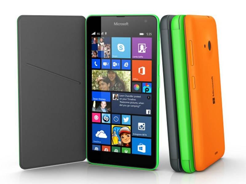 Americký softwarový gigant Microsoft představil první chytrý telefon z řady Lumia.
