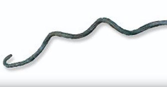 Tímto nástrojem se ve starém Egyptě vytahoval mrtvým mozek zhlavy.