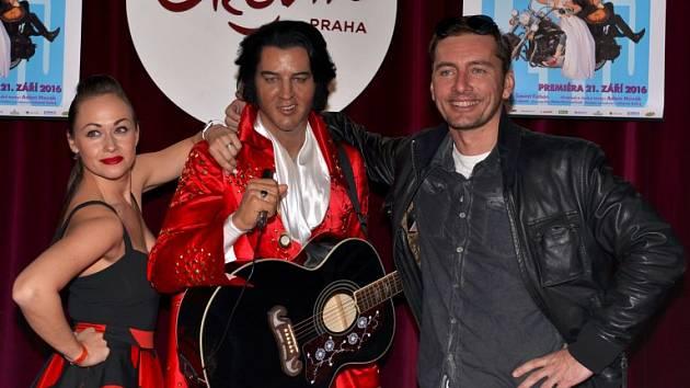 Petr Vondráček s Elvisem a Marií Křížovou
