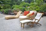 Zahradní terasa by měla hlavně sloužit k relaxu.