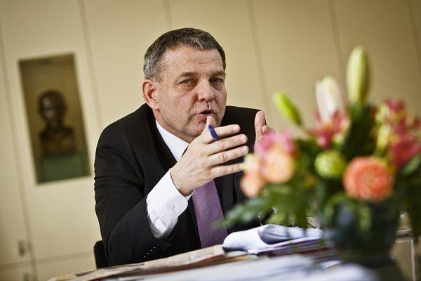 Ministr zahraničí Lubomír Zaorálek poskytl rozhovor Deníku.