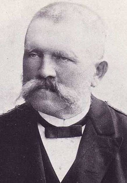 Alois Hitler, Adolfův otec