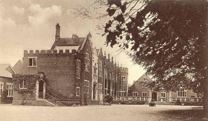 Colchester Royal Grammar School kolem roku 1920