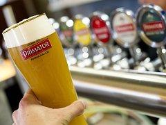 Nejlepším pšeničným pivem na světě je podle britské soutěže World Beer Awards pšeničný Primátor Weizenbier (na snímku ze 7. října) z Náchodského pivovaru.