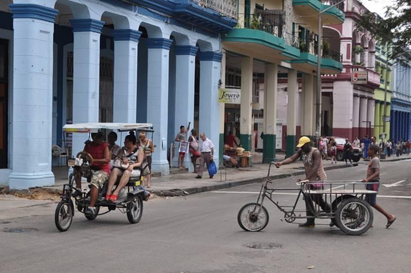 Rikši jsou vedle taxi a autobusů dalším veřejným dopravním prostředkem v dvoumilionové Havaně
